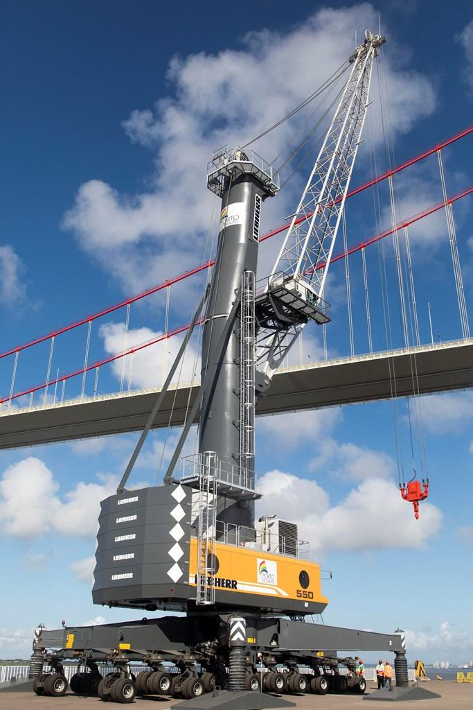 One of the new Liebherr LHM 550 cranes